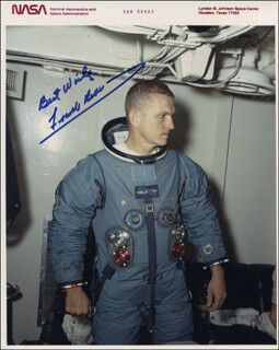 Autographs: COLONEL FRANK BORMAN - PHOTOGRAPH SIGNED