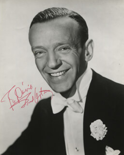 FRED ASTAIRE - AUTOGRAPHED INSCRIBED PHOTOGRAPH