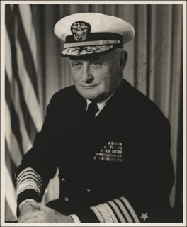Autographs: ADMIRAL MAURICE E. CURTS - PHOTOGRAPH SIGNED