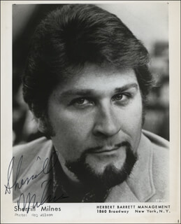 SHERRILL MILNES - AUTOGRAPHED SIGNED PHOTOGRAPH