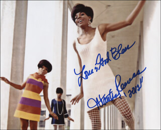 MARTHA REEVES & THE VANDELLAS (MARTHA REEVES) - AUTOGRAPHED SIGNED PHOTOGRAPH 2012