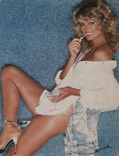FARRAH FAWCETT - MAGAZINE PHOTOGRAPH SIGNED 1983