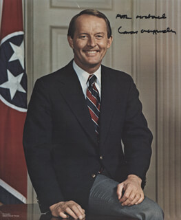 Autographs: LAMAR ALEXANDER - INSCRIBED PHOTOGRAPH SIGNED