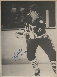 MARK HOWE - NEWSPAPER PHOTOGRAPH SIGNED