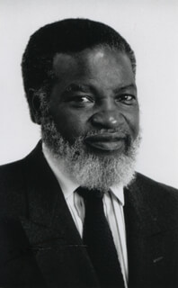 PRESIDENT SAM DANIEL NUJOMA (NAMIBIA) - AUTOGRAPHED SIGNED PHOTOGRAPH