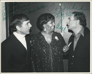 Autographs: PEARL BAILEY - INSCRIBED PHOTOGRAPH SIGNED CO-SIGNED BY: LOUIE BELLSON
