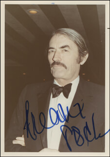 GREGORY PECK - AUTOGRAPHED SIGNED PHOTOGRAPH