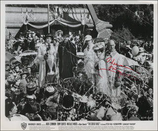 KEENAN WYNN - AUTOGRAPHED SIGNED PHOTOGRAPH