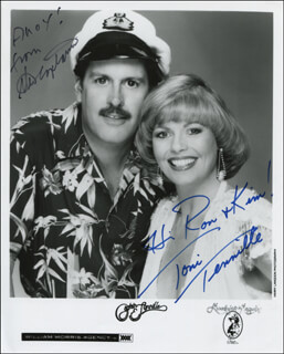 CAPTAIN & TENNILLE - AUTOGRAPHED INSCRIBED PHOTOGRAPH CO-SIGNED BY: CAPTAIN & TENNILLE (DARYL DRAGON), CAPTAIN & TENNILLE (TONI TENNILLE)