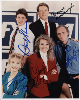MURPHY BROWN TV CAST - AUTOGRAPHED SIGNED PHOTOGRAPH CO-SIGNED BY: FAITH FORD, CHARLES KIMBROUGH, JOE REGALBUTO, GRANT SHAUD, CANDICE BERGEN
