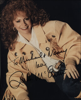 REBA McENTIRE - AUTOGRAPHED INSCRIBED PHOTOGRAPH