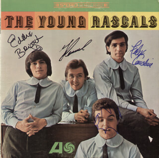 THE (YOUNG) RASCALS - RECORD COVER SIGNED CO-SIGNED BY: YOUNG RASCALS (FELIX CAVALIERE), YOUNG RASCALS (EDDIE BRIGATI), YOUNG RASCALS (DINO DANELLI), YOUNG RASCALS (GENE CORNISH)