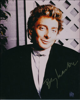 BARRY MANILOW - AUTOGRAPHED SIGNED PHOTOGRAPH