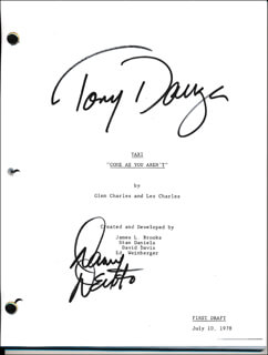 TAXI TV CAST - SCRIPT SIGNED CO-SIGNED BY: DANNY DEVITO, TONY DANZA