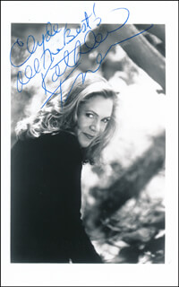 KATHLEEN TURNER - AUTOGRAPHED INSCRIBED PHOTOGRAPH