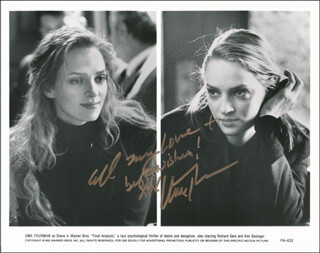UMA THURMAN - AUTOGRAPHED SIGNED PHOTOGRAPH