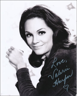 VALERIE HARPER - AUTOGRAPHED SIGNED PHOTOGRAPH