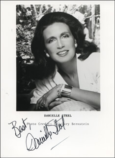 DANIELLE STEEL - AUTOGRAPHED SIGNED PHOTOGRAPH