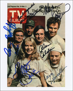 M*A*S*H TV CAST - PRINTED PHOTOGRAPH SIGNED IN INK CO-SIGNED BY: MCLEAN STEVENSON, LARRY LINVILLE, ALAN ALDA, GARY BURGHOFF, LORETTA SWIT, WAYNE ROGERS