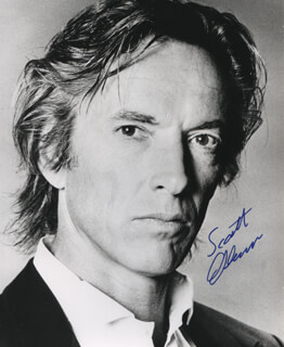 SCOTT GLENN - AUTOGRAPHED SIGNED PHOTOGRAPH