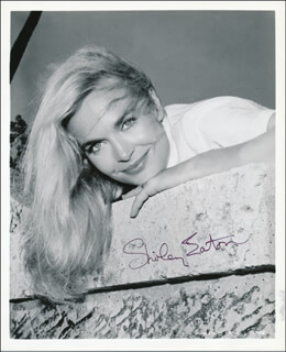 SHIRLEY EATON - AUTOGRAPHED SIGNED PHOTOGRAPH
