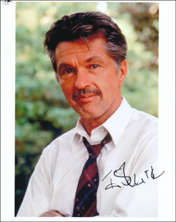 TOM SKERRITT - AUTOGRAPHED SIGNED PHOTOGRAPH