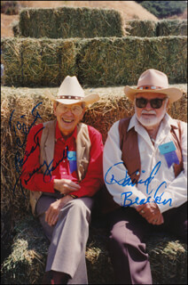 TOMMY FARRELL - AUTOGRAPHED INSCRIBED PHOTOGRAPH CO-SIGNED BY: DAVID BEACHER