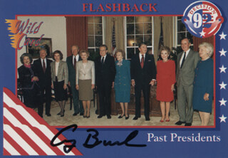 Autographs: PRESIDENT GEORGE H.W. BUSH - TRADING/SPORTS CARD SIGNED