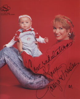 TANYA TUCKER - PRINTED PHOTOGRAPH SIGNED IN INK 1991