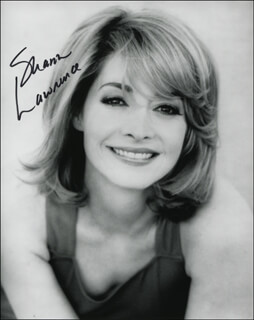 SHARON LAWRENCE - AUTOGRAPHED SIGNED PHOTOGRAPH