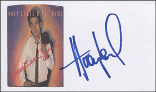 HUEY LEWIS & THE NEWS (HUEY LEWIS) - PRINTED CARD SIGNED IN INK  - HFSID 324624