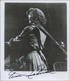 ANN ROBINSON - AUTOGRAPHED SIGNED PHOTOGRAPH  - HFSID 324739