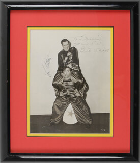 Autographs: ABBOTT & COSTELLO - INSCRIBED PHOTOGRAPH SIGNED CO-SIGNED BY: ABBOTT & COSTELLO (BUD ABBOTT), ABBOTT & COSTELLO (LOU COSTELLO)