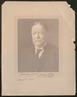 PRESIDENT WILLIAM H. TAFT - AUTOGRAPHED SIGNED PHOTOGRAPH 08/28/1910