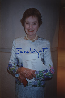 JANE WYATT - AUTOGRAPHED SIGNED PHOTOGRAPH