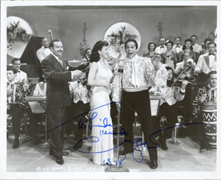 Autographs: XAVIER CUGAT - INSCRIBED PHOTOGRAPH SIGNED 1978
