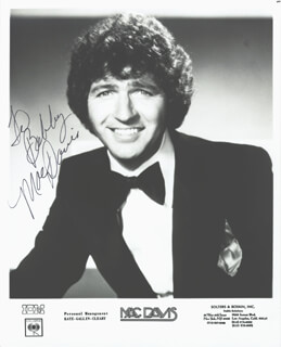 MAC DAVIS - AUTOGRAPHED INSCRIBED PHOTOGRAPH
