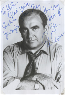 ED ASNER - AUTOGRAPH NOTE ON PHOTOGRAPH SIGNED