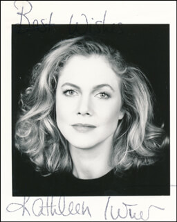KATHLEEN TURNER - AUTOGRAPHED SIGNED PHOTOGRAPH