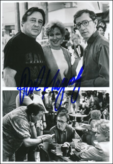 PAUL MAZURSKY - AUTOGRAPHED SIGNED PHOTOGRAPH