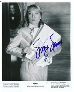 SISSY SPACEK - PRINTED PHOTOGRAPH SIGNED IN INK