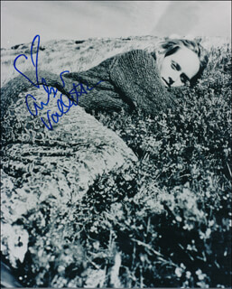 AMBER VALLETTA - AUTOGRAPHED SIGNED PHOTOGRAPH