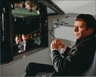 Autographs: MATHIEU AMALRIC - PHOTOGRAPH SIGNED