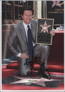 MARK WAHLBERG - AUTOGRAPHED SIGNED PHOTOGRAPH