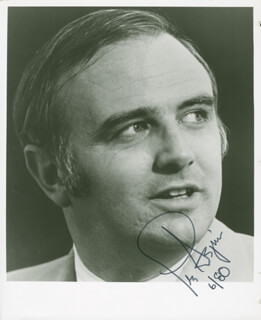 Autographs: LESLIE ASPIN JR. - PHOTOGRAPH SIGNED 6/1980