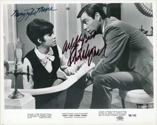 DON'T JUST STAND THERE MOVIE CAST - PRINTED PHOTOGRAPH SIGNED IN INK CO-SIGNED BY: ROBERT J. WAGNER, MARY TYLER MOORE