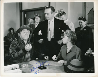 DAVID NIVEN - AUTOGRAPHED SIGNED PHOTOGRAPH