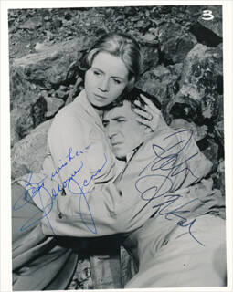 Autographs: ALCOA PREMIERE TV CAST - PHOTOGRAPH SIGNED CO-SIGNED BY: PATRICK O'NEAL, SALOME JENS