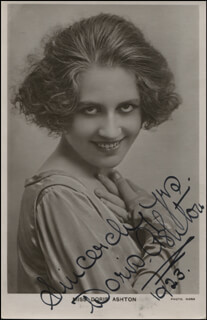 DORIS ASHTON - PRINTED PHOTOGRAPH SIGNED IN INK 1923