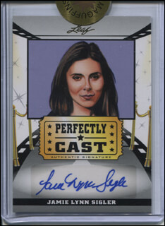 JAMIE-LYNN SIGLER - TRADING/SPORTS CARD SIGNED